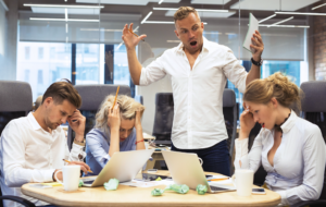 Mobbing - krzyk na pracownika
